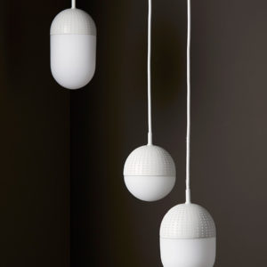 Suspension graphique Dot blanc, Woud