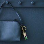 Porte clé frida kahlo, métal, Lucie Kaas