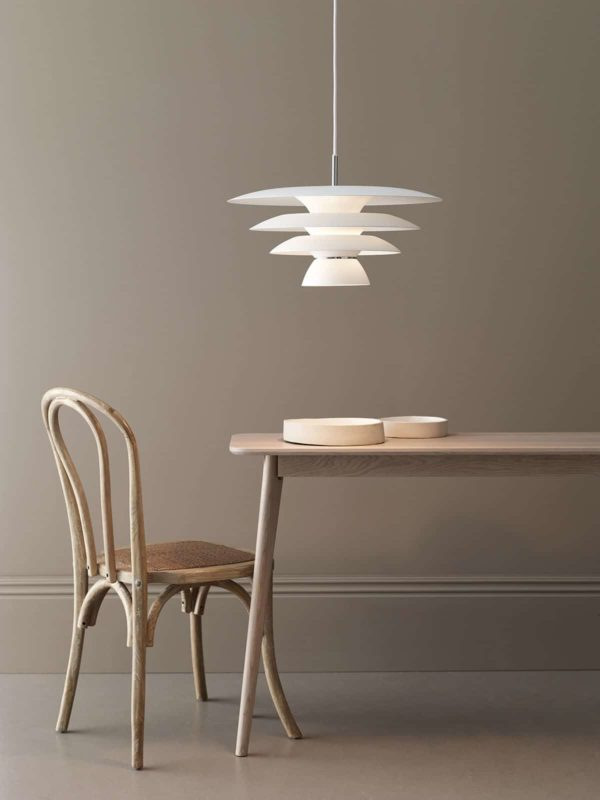 Suspension en métal Da Vinci design scandinave minimaliste et graphique belid
