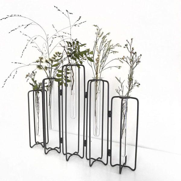 Vase éprouvette 5 tubes à essai, structure articulée en métal style vase tse tse